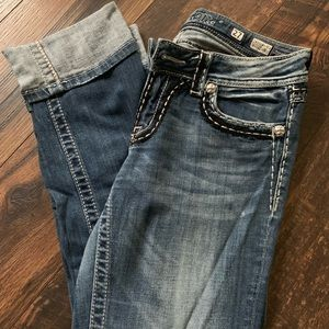 Cropped Miss Me Jeans.